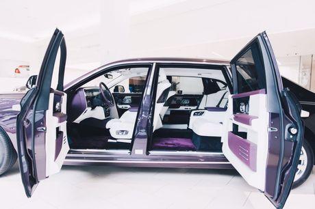 Rolls-Royce Phantom 2018 chinh thuc co mat tai cac dai ly o London - Anh 4
