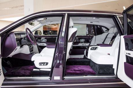 Rolls-Royce Phantom 2018 chinh thuc co mat tai cac dai ly o London - Anh 6
