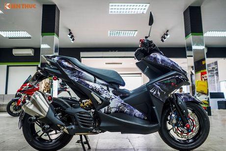 Dan choi Sai Gon do Yamaha NVX 155 'sieu ngau' - Anh 5