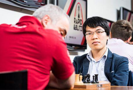 Quang Liem lan dau thang cuu Vua co Garry Kasparov - Anh 1