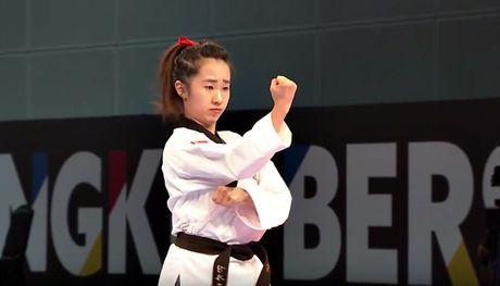 Nu vo si Taekwondo xinh dep gay sot o SEA Games 29 - Anh 3