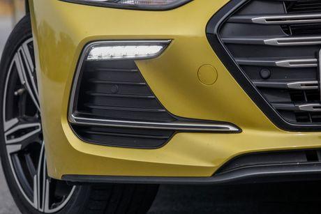 Hyundai Elantra Sport 1.6 Turbo 2017 gia 700 trieu co gi dac biet? - Anh 13