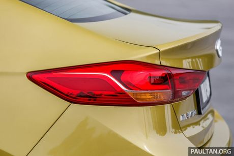 Hyundai Elantra Sport 1.6 Turbo 2017 gia 700 trieu co gi dac biet? - Anh 18