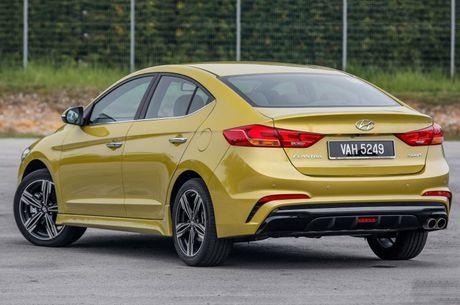 Hyundai Elantra Sport 1.6 Turbo 2017 gia 700 trieu co gi dac biet? - Anh 5
