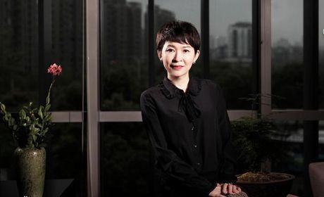9 nguoi phu nu giup Jack Ma len ngoi ty phu - Anh 2