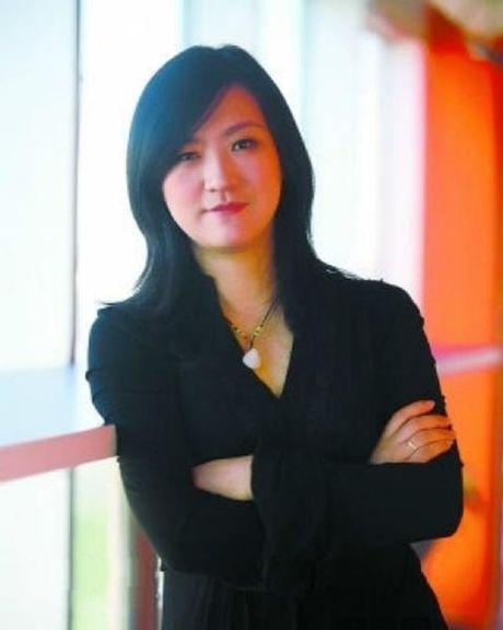 9 nguoi phu nu giup Jack Ma len ngoi ty phu - Anh 7