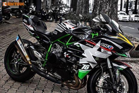 Sieu moto Kawasaki H2 gia hon 1 ty, do khung tai Sai Gon - Anh 7