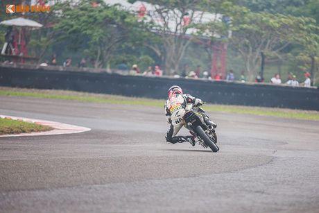 'Soi' xe may Honda Winner Viet Nam do dua sieu khung - Anh 11