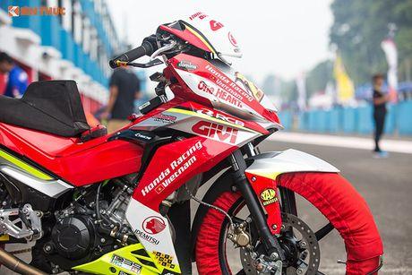'Soi' xe may Honda Winner Viet Nam do dua sieu khung - Anh 3