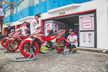 'Soi' xe may Honda Winner Viet Nam do dua sieu khung - Anh 7