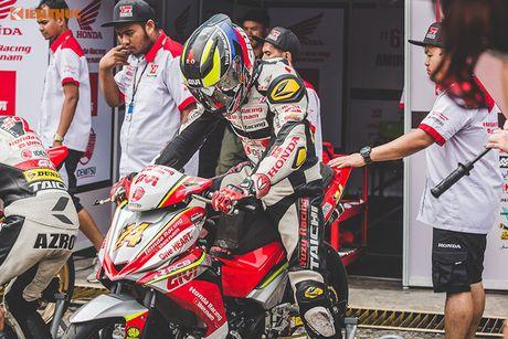 'Soi' xe may Honda Winner Viet Nam do dua sieu khung - Anh 8