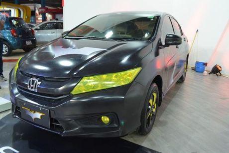 Sedan Honda City phien ban 'xe doi' day chat choi - Anh 2