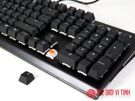 Can canh ban phim co SteelSeries Apex M750 - Anh 2
