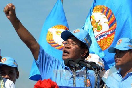 Thu tuong Campuchia Hun Sen tuyen bo se lanh dao them 10 nam - Anh 1