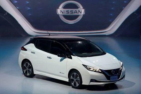 Nissan doi dau voi Tesla voi phien ban xe dien Leaf nang cap - Anh 1