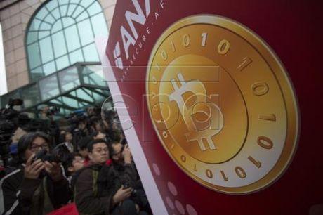 Dong Bitcoin bien dong sau sac lenh tien ao cua Trung Quoc - Anh 1