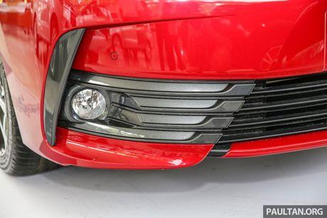 Can canh Toyota Corolla Altis 2.0V 2017 gia hon 700 trieu tai Malaysia - Anh 8