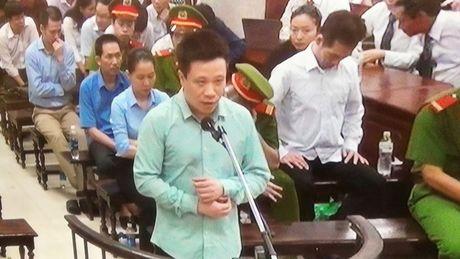 Nguyen Xuan Son kho 'qua mat' Ha Van Tham de lay tien cua Oceanbank - Anh 2