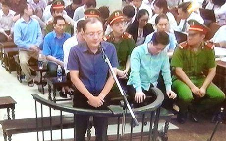 Nguyen Xuan Son kho 'qua mat' Ha Van Tham de lay tien cua Oceanbank - Anh 4