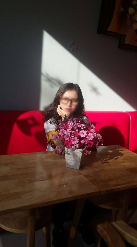 Chi gai len mang 'boc me' em: Thai thit luoc nhung bi... dut chan - Anh 2