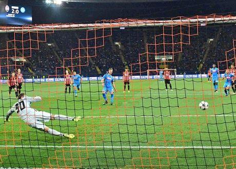 Shakhtar Donetsk 2-1 Napoli: Sa lay tren dat Ukraina - Anh 12