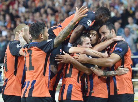 Shakhtar Donetsk 2-1 Napoli: Sa lay tren dat Ukraina - Anh 6