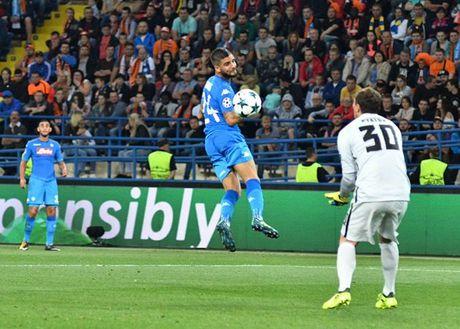 Shakhtar Donetsk 2-1 Napoli: Sa lay tren dat Ukraina - Anh 8