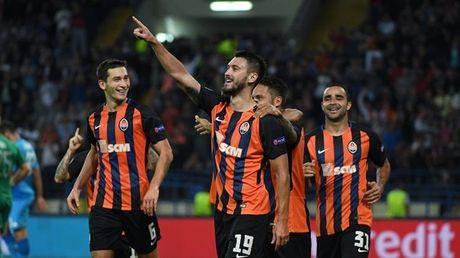 Shakhtar Donetsk 2-1 Napoli: Sa lay tren dat Ukraina - Anh 9
