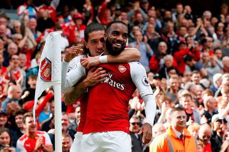 Chelsea dai chien Arsenal: Ngay Morata do tai Lacazette - Anh 2
