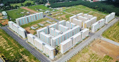 Toan canh khu can ho 30m2 co gia 100 trieu o Binh Duong va giac mo nha 100 trieu o TP.HCM - Anh 1