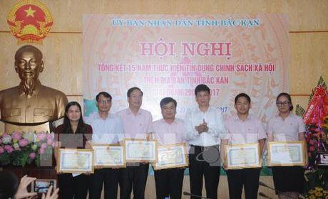 Ho tro cac doi tuong co hoan canh kho khan vay von tin dung chinh sach - Anh 1