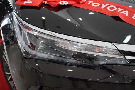 Giam gia 40 trieu dong, Toyota Corolla Altis 2.0V 2017 co gi? - Anh 5