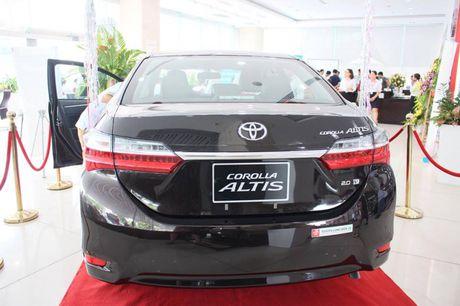 Giam gia 40 trieu dong, Toyota Corolla Altis 2.0V 2017 co gi? - Anh 7