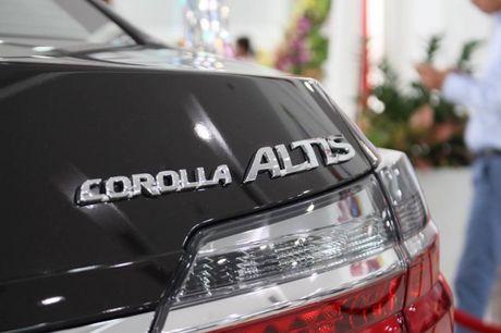 Giam gia 40 trieu dong, Toyota Corolla Altis 2.0V 2017 co gi? - Anh 9