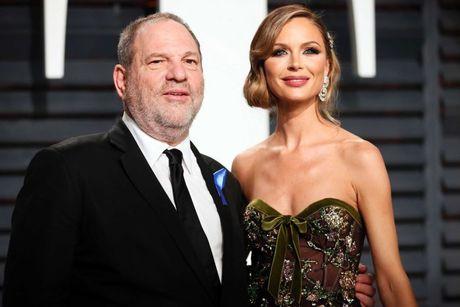 Ben Affleck bi chi trich la dao duc gia ve scandal sex cua Harvey Weinstein - Anh 2