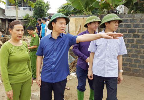 Mien tay Yen Bai tang thuong sau lu - Anh 1