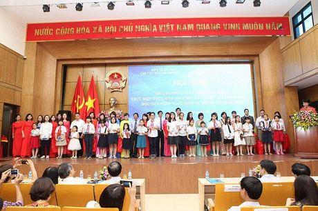 Tuyen duong sinh con mot be la gai: Chi mang tinh chat dong vien - Anh 2