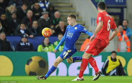 Leicester 2-0 Liverpool: Bay cung Jamie Vardy - Anh 1