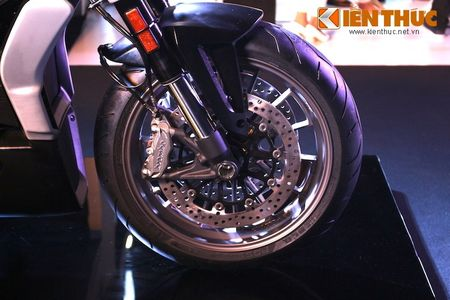 Can canh moto dep nhat The gioi Ducati XDiavel tai Ha Noi - Anh 4
