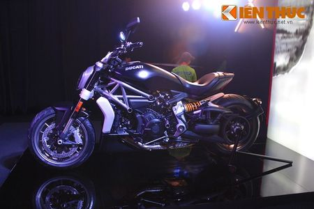 Can canh moto dep nhat The gioi Ducati XDiavel tai Ha Noi - Anh 6