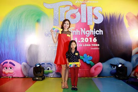 Gia dinh sao Viet hao hung voi 'Quy lun tinh nghich - Trolls' - Anh 10