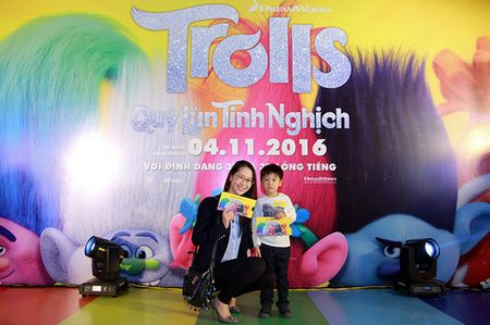 Gia dinh sao Viet hao hung voi 'Quy lun tinh nghich - Trolls' - Anh 12