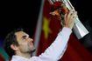 Vô địch Thượng Hải Masters, Federer thật 'già mà gân'!