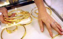 Giá vàng giảm đồng loạt trên các thị trường
