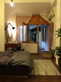 Khám phá căn hộ ấm cúng ngay trong chung cư cổ