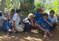 Cảnh sát đột kích trường gà ở Tiền Giang, tạm giữ 25 người