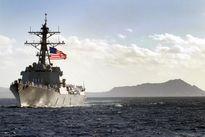 Cận cảnh tàu chiến Mỹ Chafee vừa có mặt ở Biển Đông