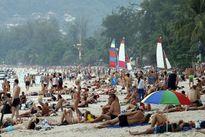 Hút thuốc lá trên bãi biển ở Thái Lan có thể bị phạt tù