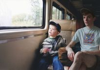 Đây là cách nhiếp ảnh gia Mỹ 'xin vé về tuổi thơ' nhờ Photoshop