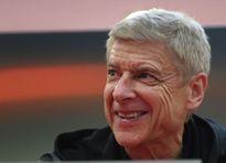 HLV Wenger khen ngợi 5 cái tên này sau chiến thắng trước Crvena Zvezda